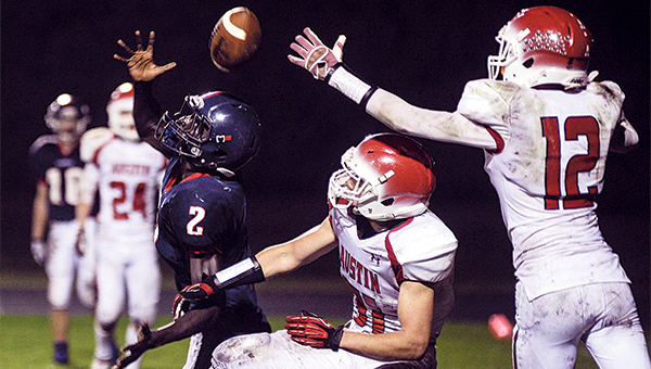 Albert Lea's Bany Chan can't quite pull in a pass on a two-point conversion in the fourth quarter against Austin Friday night in Albert Lea. — Eric Johnson/Albert Lea Tribune