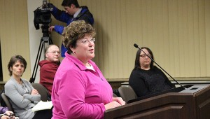 Albert Lea resident Cindy Gilbert tells the City Council about profanity she hears from her home near the skate park at City Beach. -- Tim Engstrom/Albert Lea Tribune
