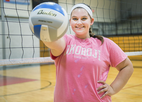 Renae Linn plays volleyball for the Alden-Conger High School Knights. Colleen Harrison/Albert Lea Tribune