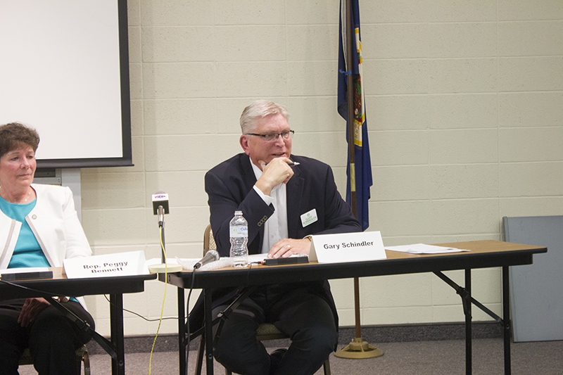 District 27A candidate Gary Schindler outlines his message Tuesday during a candidate forum at Riverland Community College. — Sam Wilmes/Albert Lea Tribune