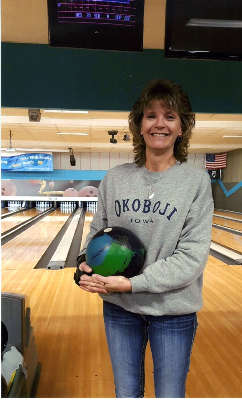 Linda Hanna bowled her third 300-game in the Tuesday Supper Skippers.