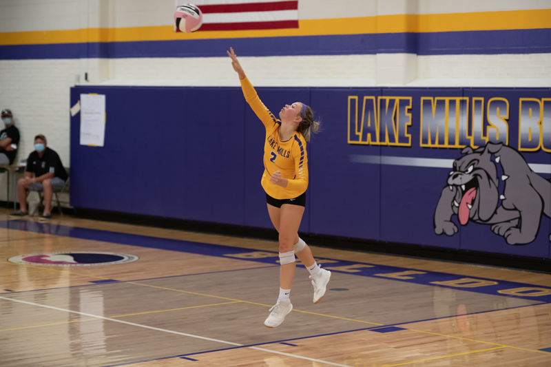 Lake Mills volleyball dominates its opener against West Hancock - Albert Lea Tribune