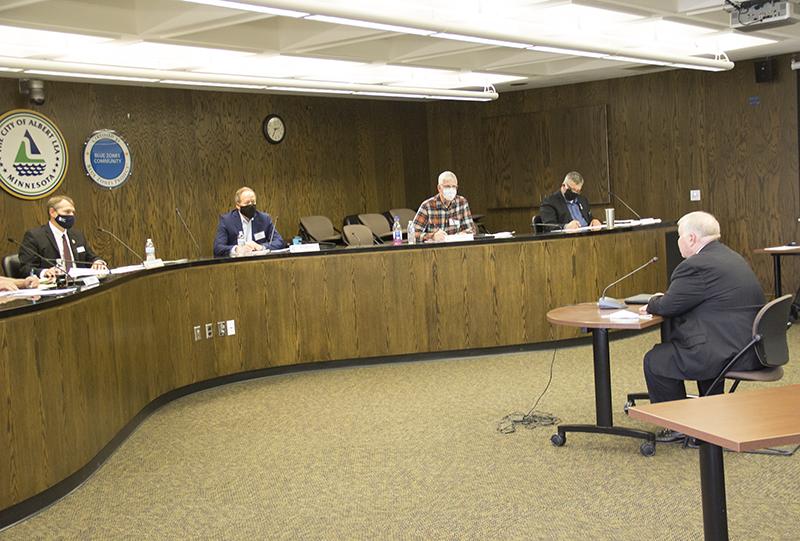 COMPÉTENCES SEXUELLES Le Conseil vote pour offrir un poste de directeur - Albert Lea Tribune